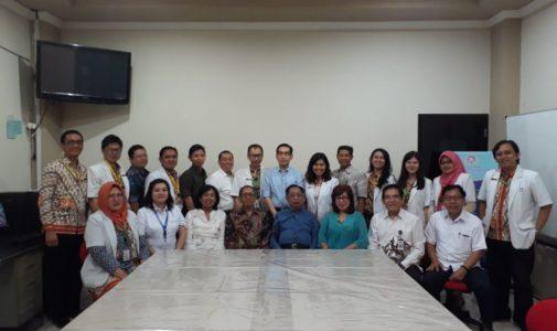 Kegiatan ujian akhir PPDS Andrologi dr. Rossy Sintya Marthasari dan dr. Seso Sulijaya Suyono